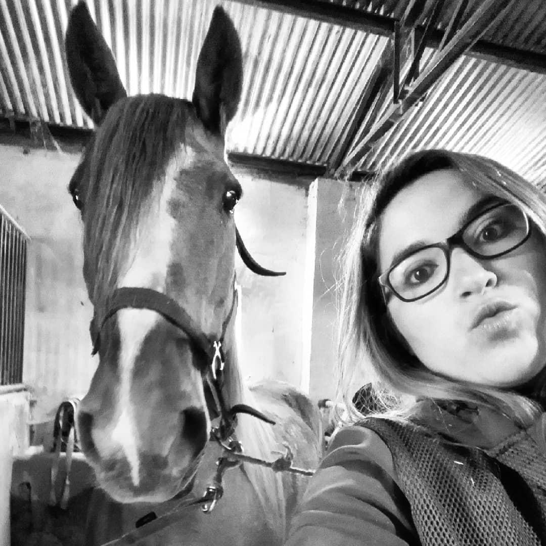 Selfiiii.... Pero nena! Que orejas!! #elcaballodebronce #orejotas #mulitaoyegüita