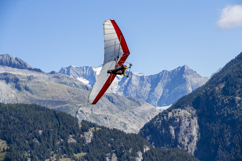Im Hintergrund der Aletschgletscher