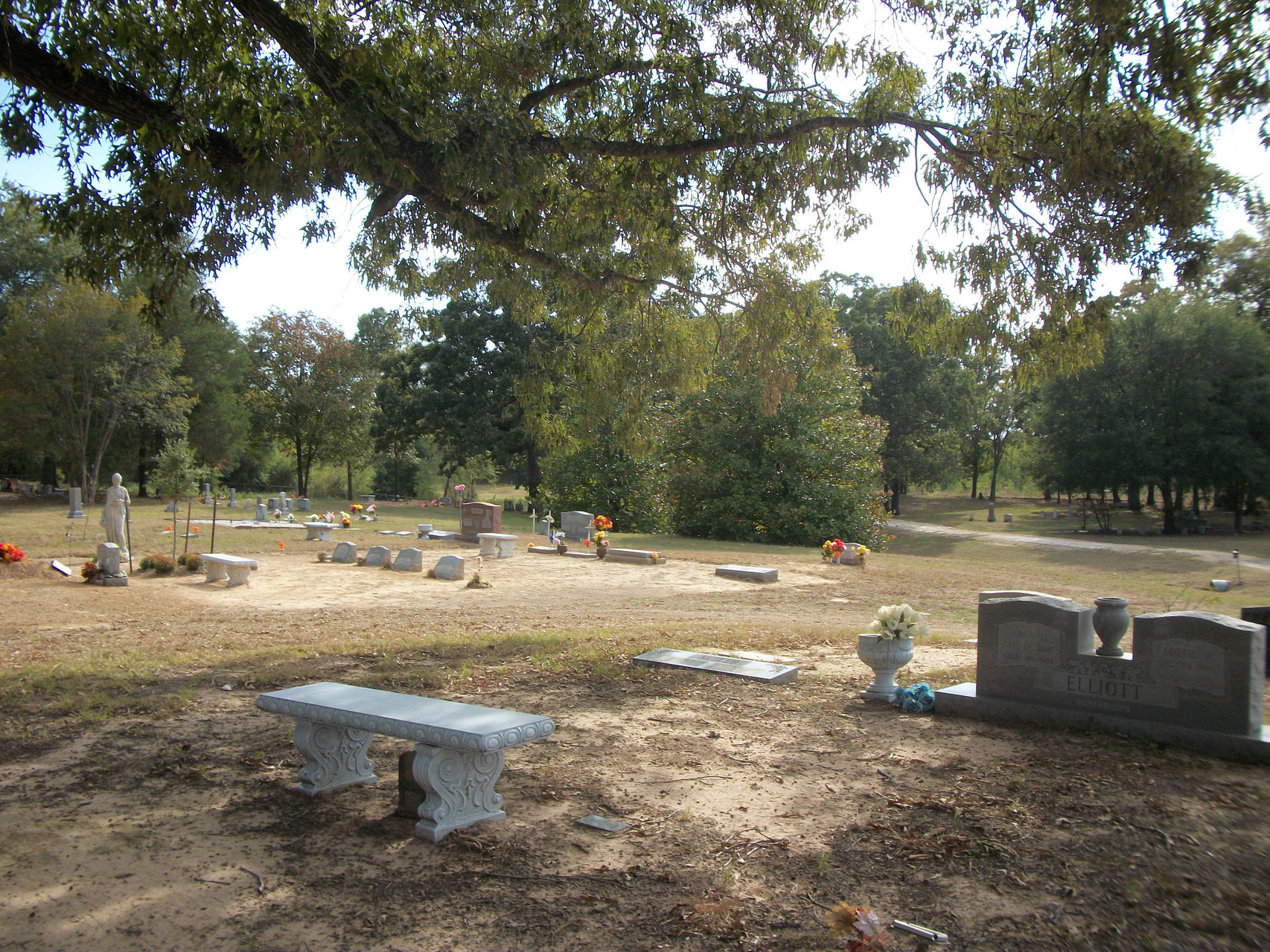 Looking east to west, Colliers Chapel Cemetery, Sept. 2011