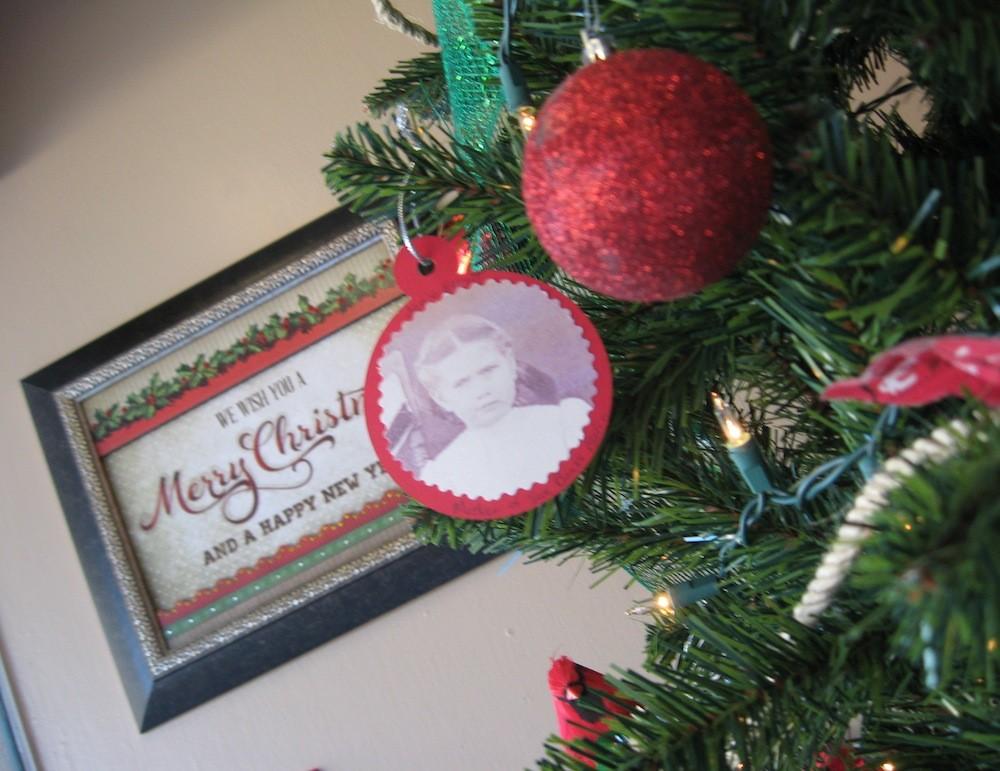 Jonie Elliott Banks, about age 7, born Feb 6, 1906, on FCGS Christmas tree, 2015