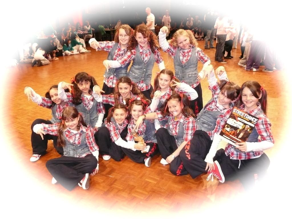 "KINDERSHOWGRUPPPE ""FANCY"" 1. PLATZ SM FINAL 09"