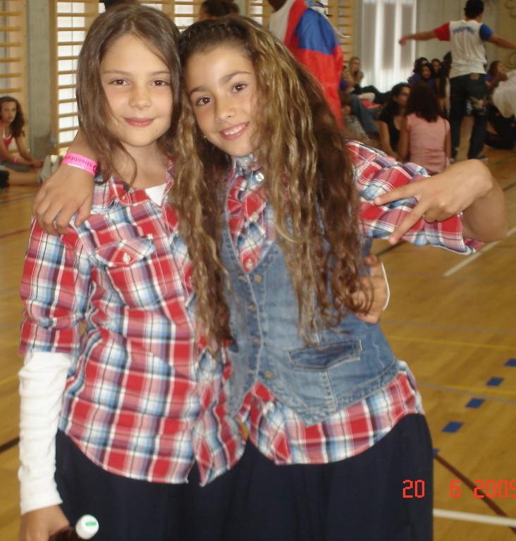 ANNA SOMMER & MIA MEIER