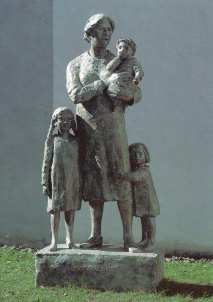 Dorothee-Statue