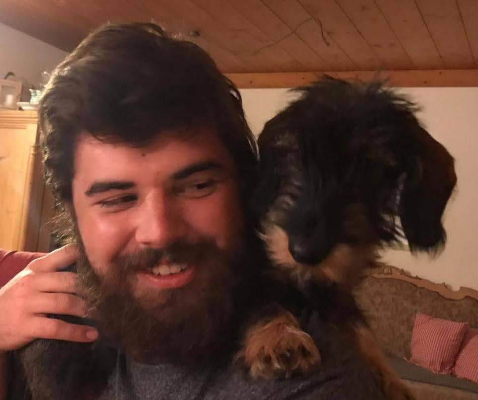 Na- wer hat da wohl den schönsten Bart :)