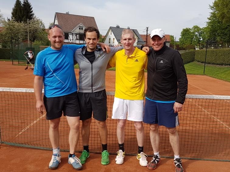 Das Quartet aus Meiningen feiert den ersten Sieg der Saison mit 7:1