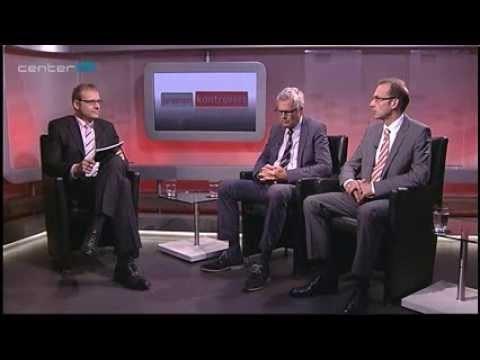 Staatsrat Dieter Mützelburg (Mitte) und Bürgermeister a.D.Thomas Rövekamp