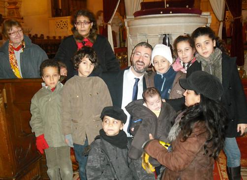 Qui est mon voisin qui est ma voisine activite CULTURE EN PARTAGE synagogue de la Victoire, enfants des mères bâtisseuses de paix avec le Rabbin Moché Sebbag Synagogue de la Victoire.