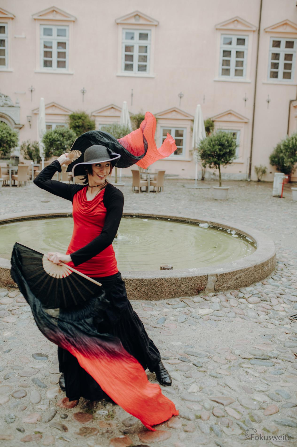 Schleierfächer Tanz in Eutin als Walking Akt