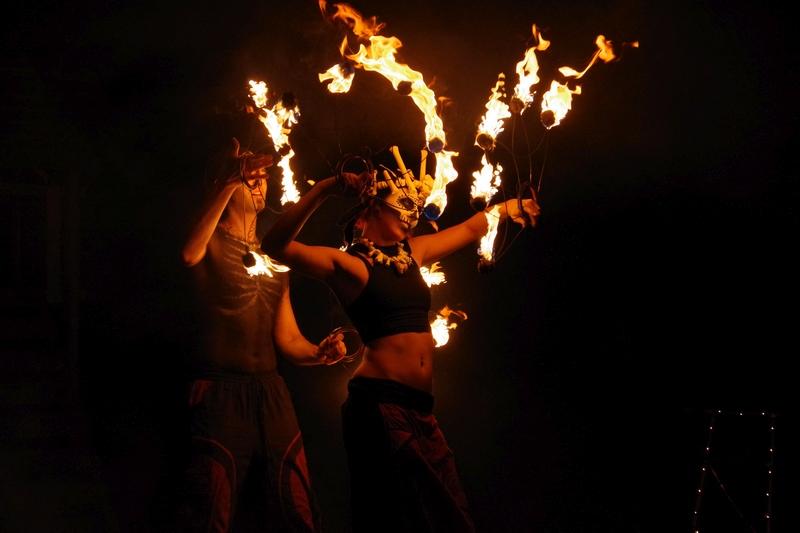 Halloween Feuershow in Hamburg