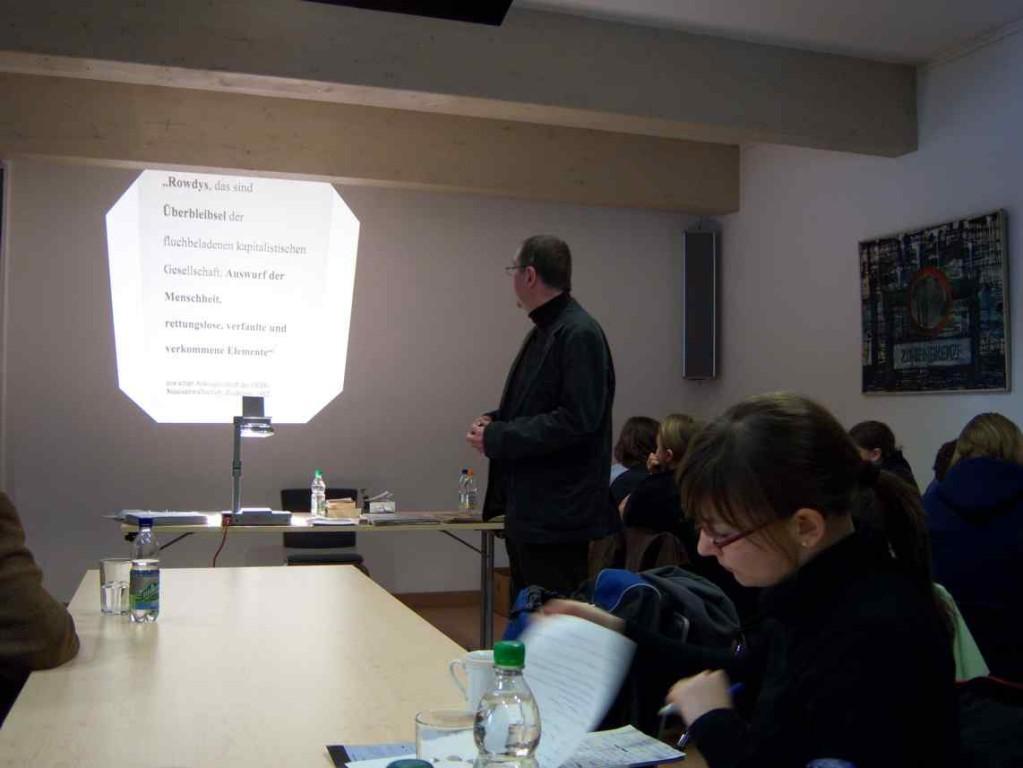 Vortrag zum Thema Jugend in der DDR