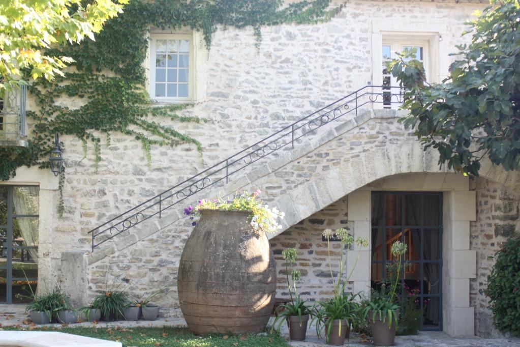 En haut des escaliers la chambre Amaranthe