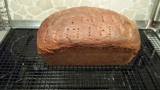 Paderborner Brot gebacken im Pampered Chef Zauberkaste