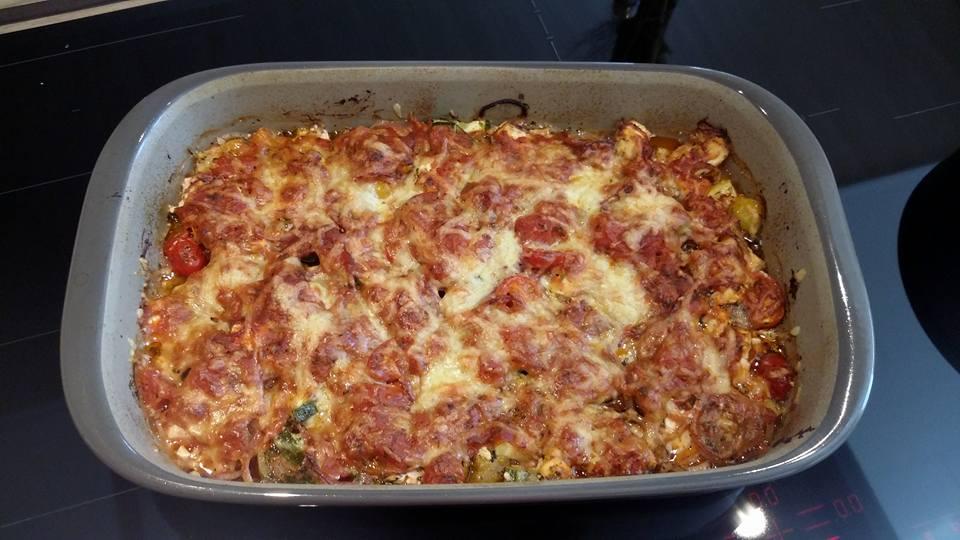 Zucchini-Schafskäse-Auflauf aus der großen rechteckigen Ofenhexe® von Pampered Chef® Lecker, schmackhaft und schnell zubereitet.