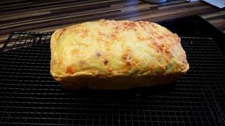 Der Zauberkasten ist Perfekt für Brot und Kuchen in Kastenform. 23 x 13 cm, 1,4 l.  Käsebrot aus dem Pampered Chef Zauberkaste