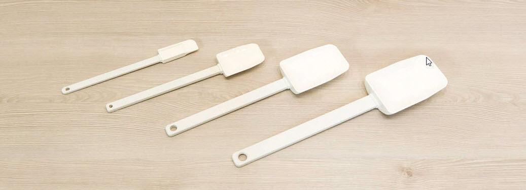 Die Mix´n Scraper von Pampered Chef sind Schaber und Löffel in einem. Perfekt für Teige sowie Cremes. Schaben, Löffeln und Portionieren mit einem Küchenhelfer. Hitzebeständig bis 340°C.