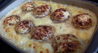 Gefüllte Champignons aus der großen rechteckigen Ofenhexe® von Pampered Chef®. Im Backofen zubereitet.