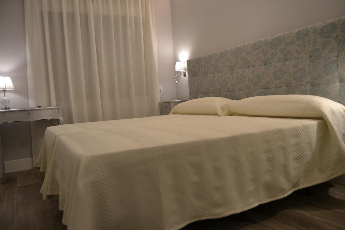 Hostal Español, Hostal en La Pueblanueva habitación doble