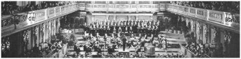 Die Konzertvereinigung Wiener Staatsopernchor bei einem Allerheiligenkonzert.
