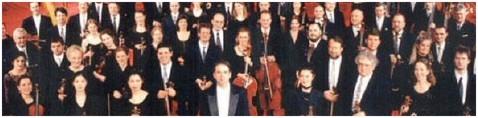 Das Radio Symphonie Orchester Wien mit seinem Dirigenten Bertrand de Billy.