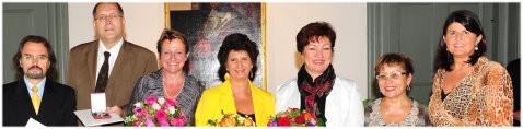 Von links nach rechts: Dr. Ulrich Großrubatscher, Wolfgang Equiluz, Maria Bierbaumer, Senta Fischer, Marianne Sattmann, KV-Vorstand Dr. Elisa Marian-Zurmann und LHF Mag. Gabi Burgstaller, (Foto: Franz Neumayr)
