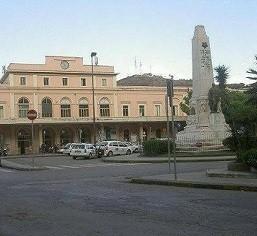 Stazione ferroviaria di Salerno oggi