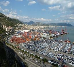 Porto di Salerno oggi © De Maio Agostino