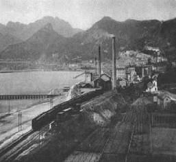Cementificio di Salerno anni 20' (© http://web.tiscali.it/anticasalerno/)