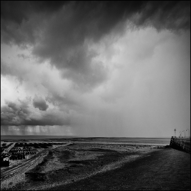 Oyster banks in the rain, Cancale 2009