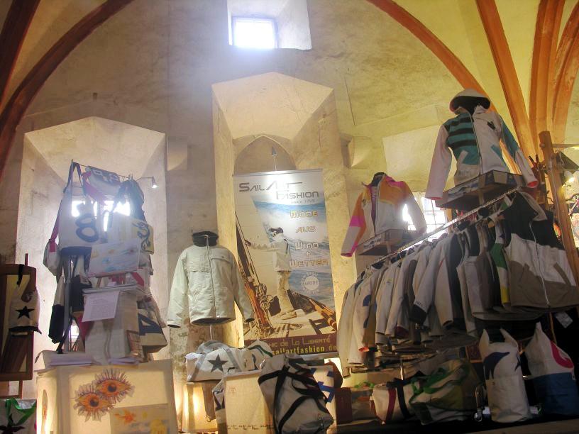sailart fashion Segeltuchmode für Männer und Frauen aus gesegeltem Segel Kloster Eberbach