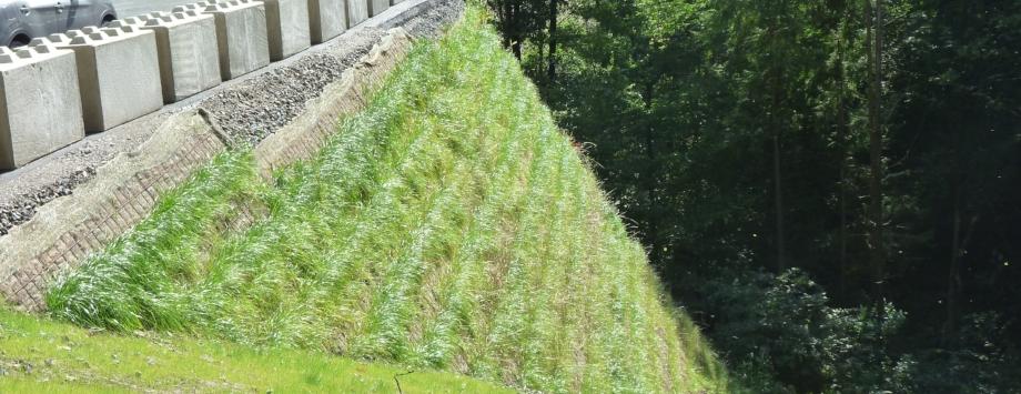 System KBE Grün S an der A45 bei Hagen - Kranstellflächen