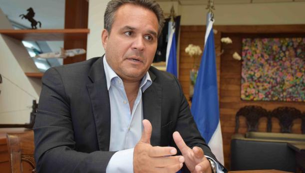 Didier Robert,  Président du conseil régional de La Réunion depuis 2010 et Sénateur de 2014 à 2017.