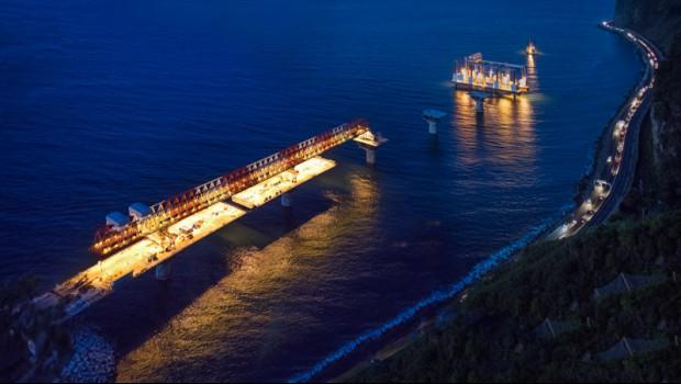route littorale la réunion infrastructure transport voitures camions île
