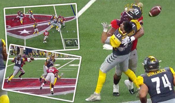 Otra diferencia en el reglamento de la AAF con en el la NFL es que se puede dar duro a los QBs.