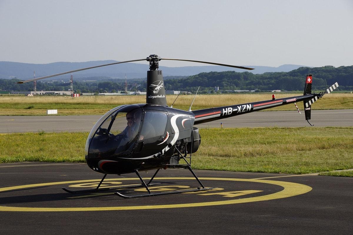Elite Flights, Robinson R22, HB-XZN, Schnupperflug, Übungsflug, Helikopterpilotenausbildung, Helikopterflug, Rundflug, Erlebnisflug, Helikopterrundflug, Heliflug