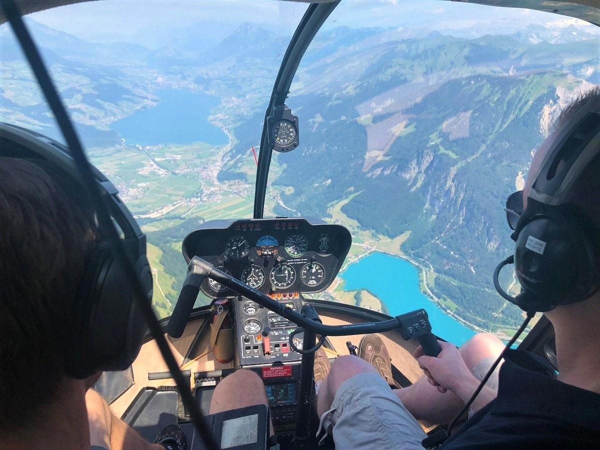 Elite Flights, Robinson R44, HB-ZMM, Sarnensee, Lungernsee, Helikopter-Flotte Luzern-Beromünster, Grenchen