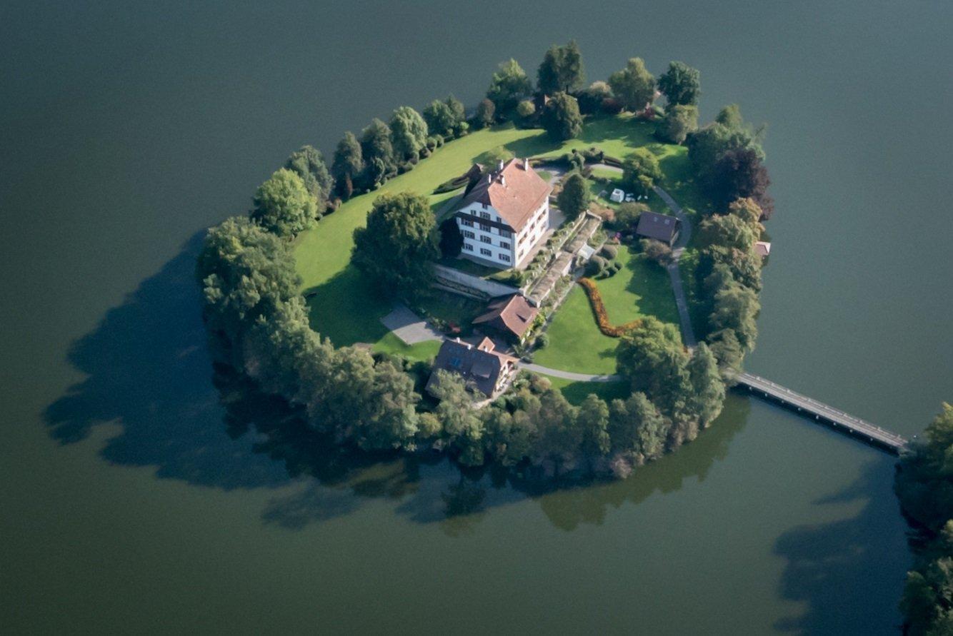 Fotoflug, Luftaunahme,  Schloss Mauensee
