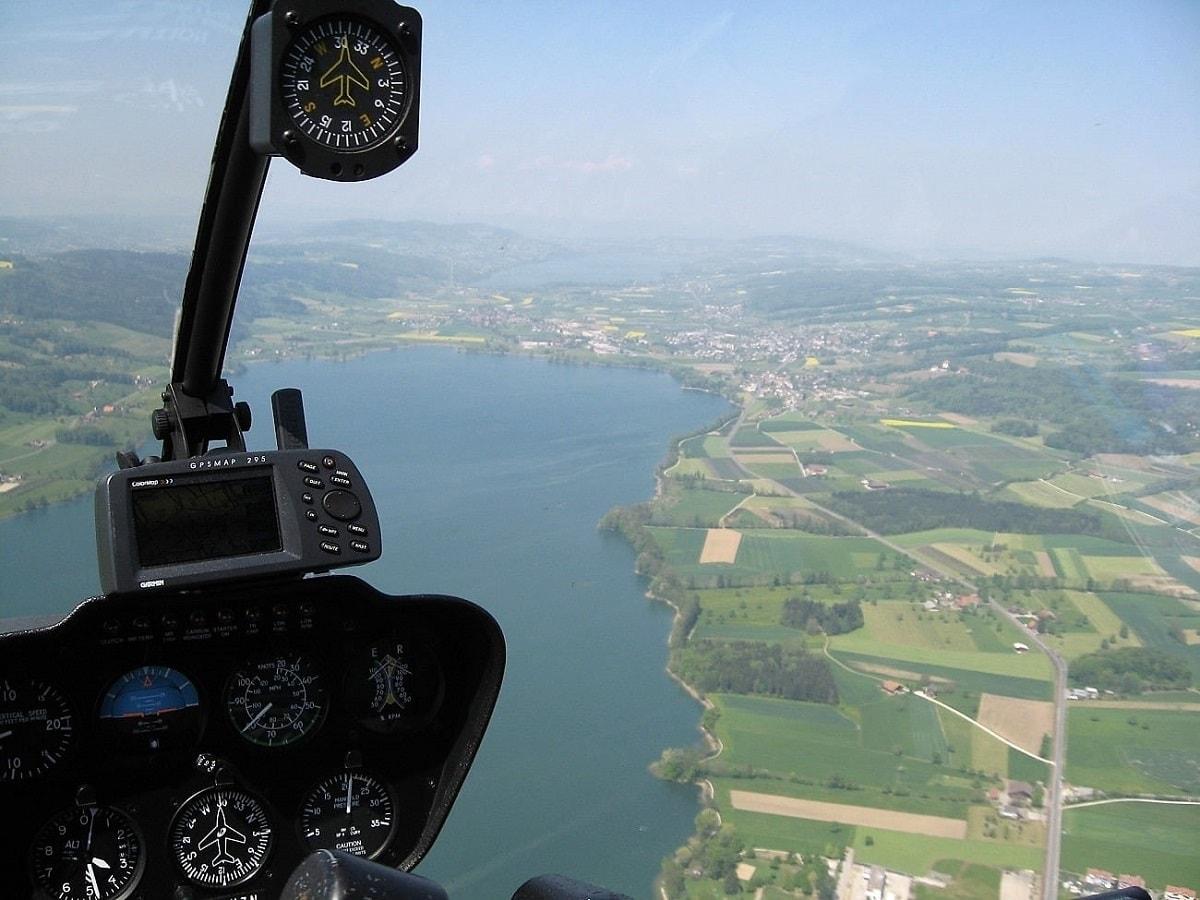 Elite Flights, Robinson R22, Sempachersee, Sursee, Helikopter-Flotte Luzern-Beromünster, Grenchen, Basel