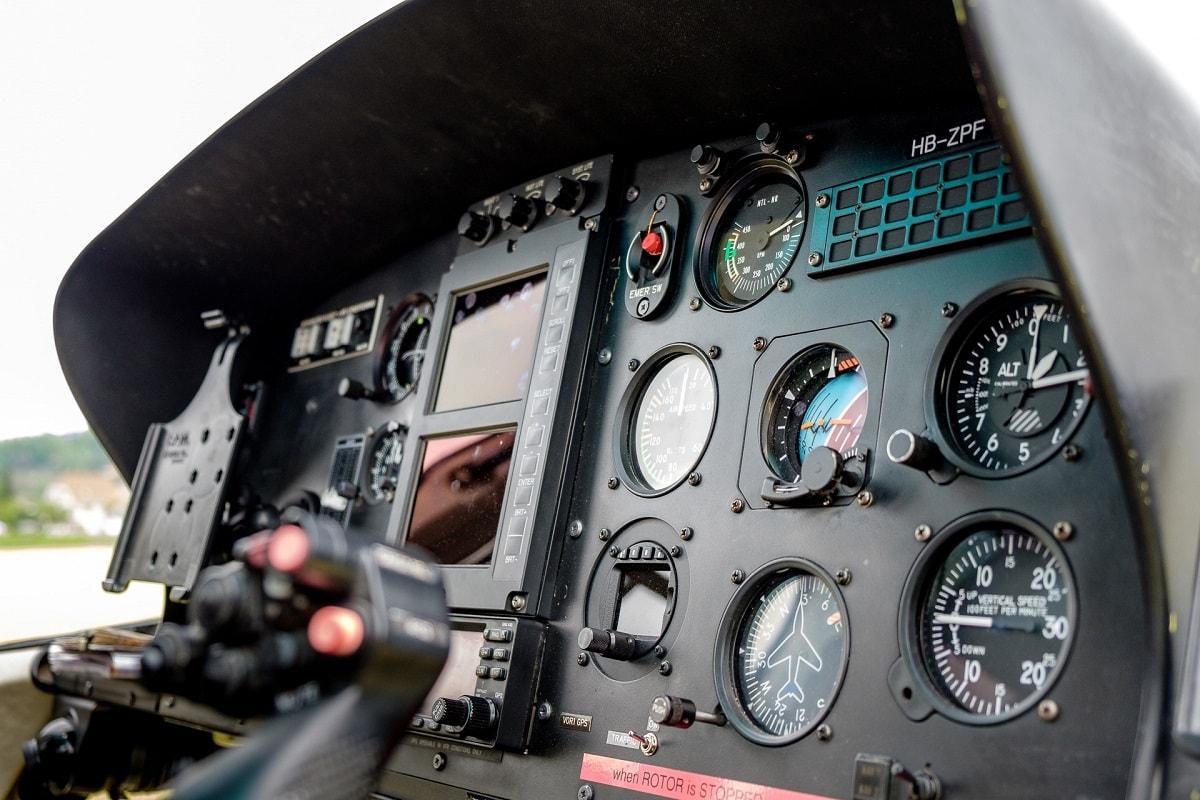 Elite Flights, AS 350 B2 Ecureuil, HB-ZPF, Rundflugtage UNDOB 2019 Obersiggenthal, Cockpit View, Helikopter-Flotte Luzern-Beromünster