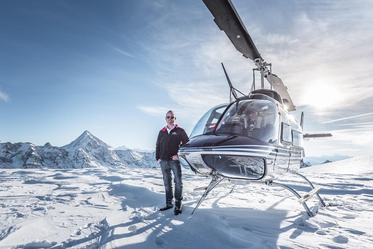 Elite Flights, Bell 206 Jet Ranger, HB-XXO, Alpenrundflug mit Gletscherlandung, Petersgrat, Helikopterflotte Luzern-Beromünster, Grenchen, Basel