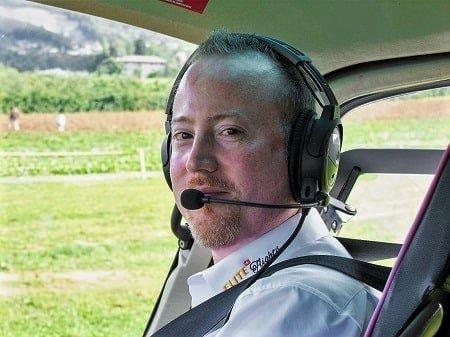Elite Flights Team, Philipp Walker,  Inhaber / Geschäftsführer,  Berufshelikopterpilot CPL (H), Helikopterflug Zentralschweiz
