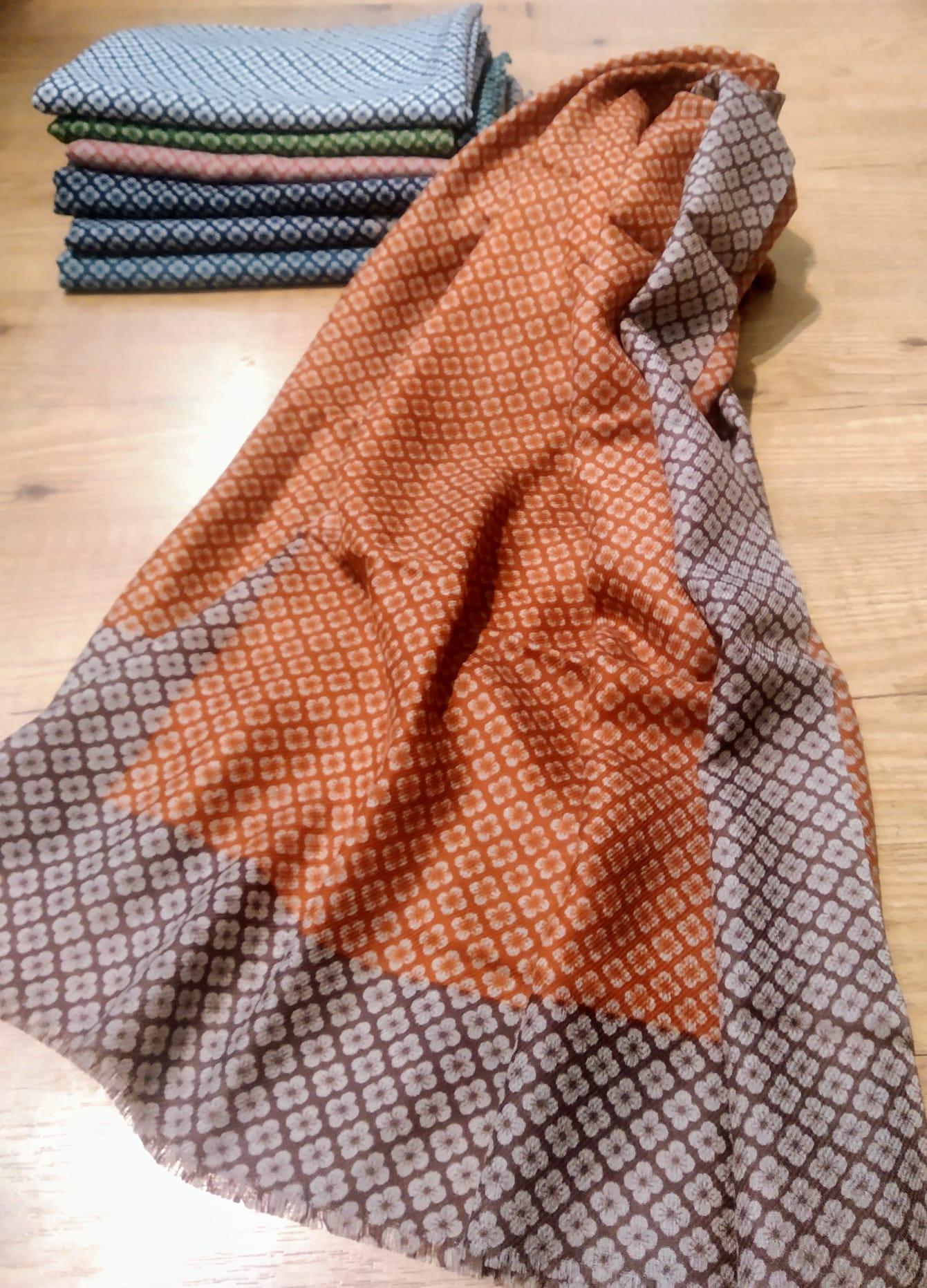 sciarpa da vecchi sari indiani pezzi unici 32euro