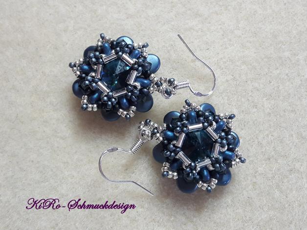 Wunderschöne Rivoli-Ohrhänger in Blau