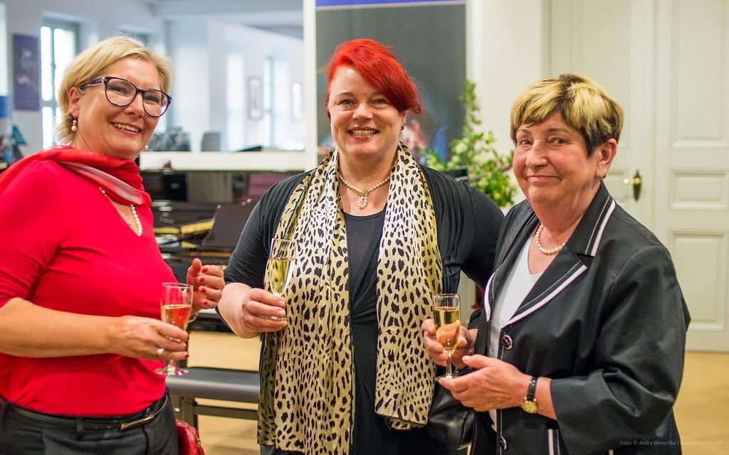Petra Pfefferkorn, Dr. Ute Seydewitz, Frau Pfefferkorn