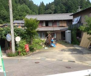 施工前のお家の写真になります。