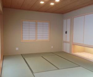 和室は6枚の障子がフルオープンできる空間を作りました。