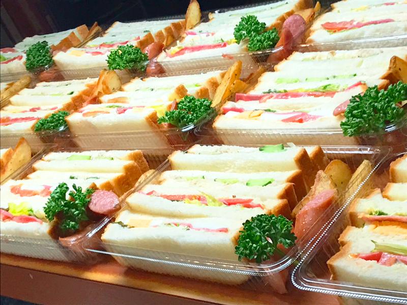 お手軽ランチにサンドイッチ