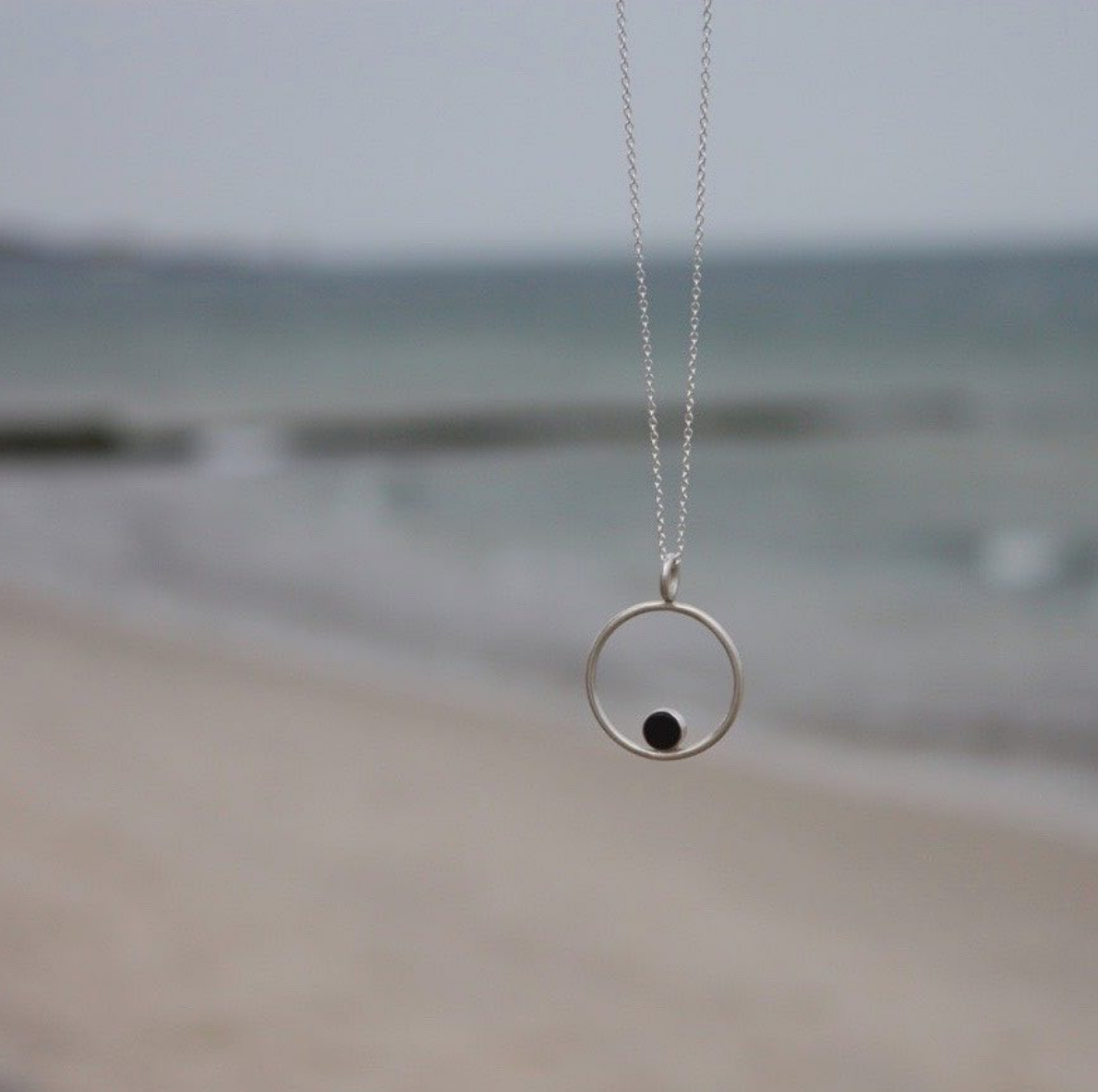 Ting Goods Handmade Circle Stone Necklace