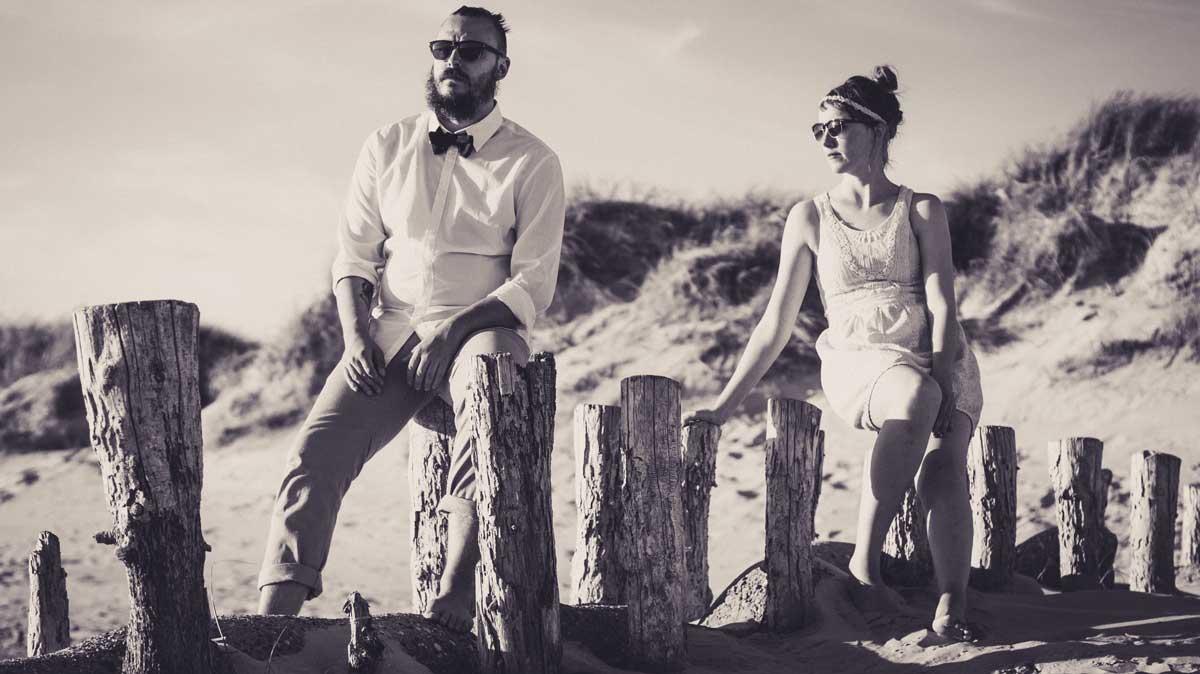 ©️benjamin wojcik photography - Fotograf Dortmund: Hipster Paar am Strand