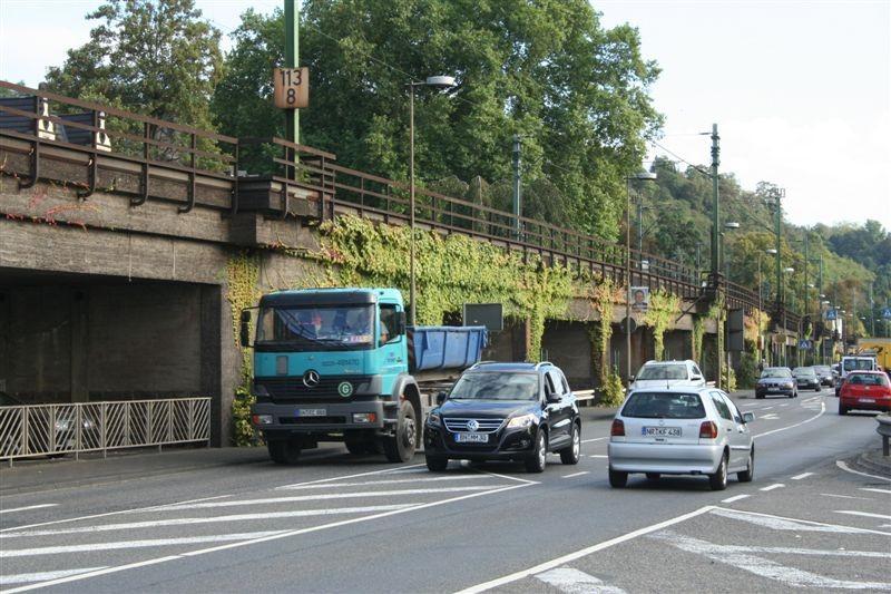 Nicht nur die Bahn macht in Linz Krach. Der Straßenverkehr tut sein übriges.