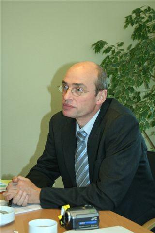 ...und Dr. Stephan Danzer erklären uns die Sache mit der Briefwahl.
